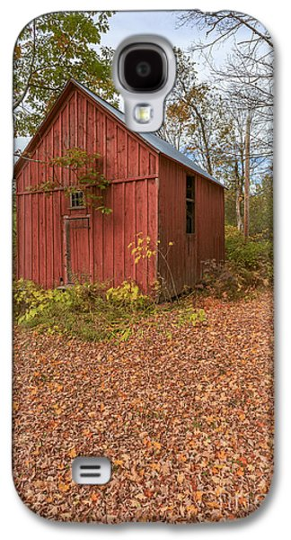 Old Red Barn Woodstock Vermont Galaxy S4 Case by Edward Fielding