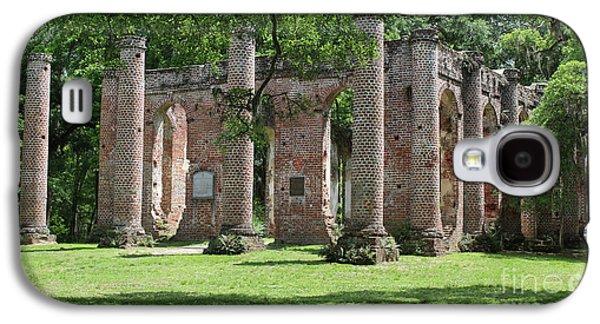 Old Sheldon Church Ruins In Sunlight Galaxy S4 Case by Carol Groenen