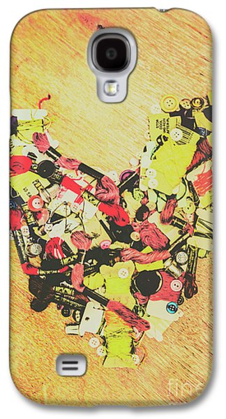 Old Threads And Hearts Galaxy S4 Case