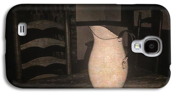 Old Water Pitcher Galaxy S4 Case by Cindy Nearing