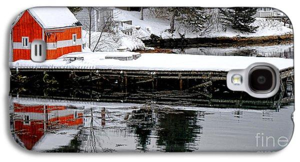 Orange Fishing Shack On A Dock In Maine Galaxy S4 Case