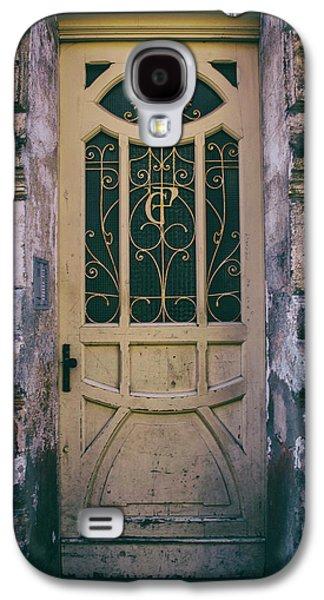 Ornamented Doors In Light Brown Color Galaxy S4 Case by Jaroslaw Blaminsky