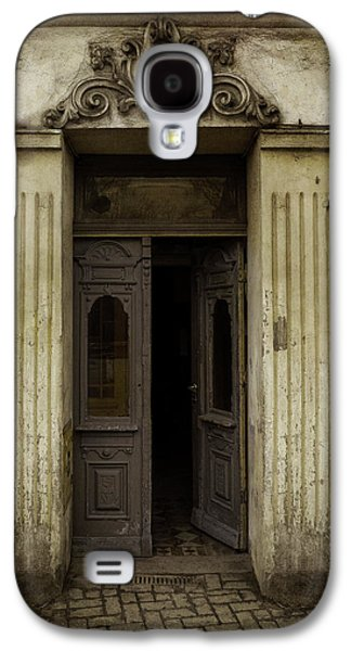 Ornamented Gate In Dark Brown Color Galaxy S4 Case