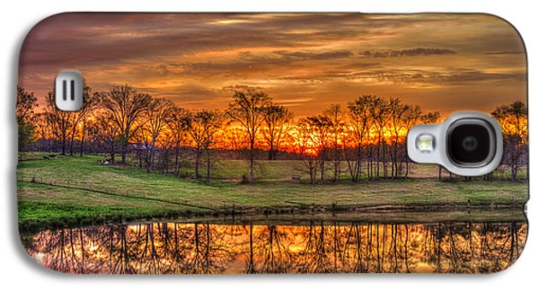 Other Worldly Sunrise Reflections   Galaxy S4 Case