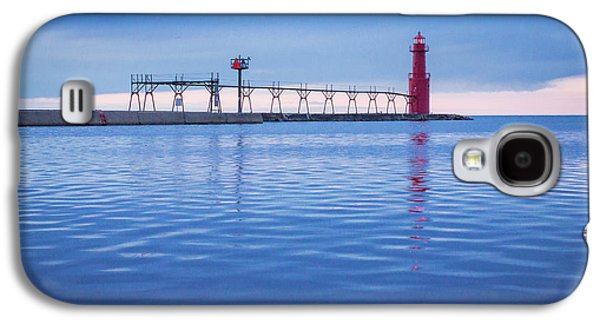 Galaxy S4 Case featuring the photograph Out Of The Blue by Bill Pevlor
