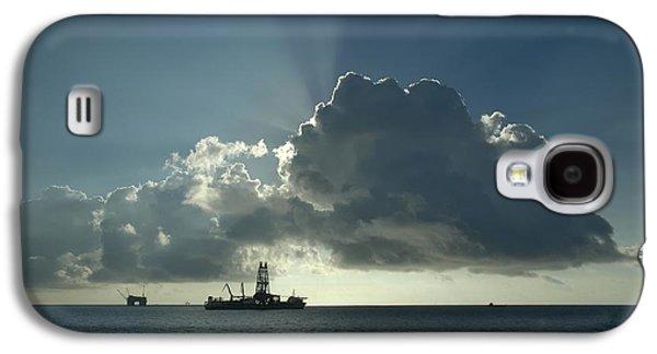 Outer Continental Shelf Oilfield  Galaxy S4 Case