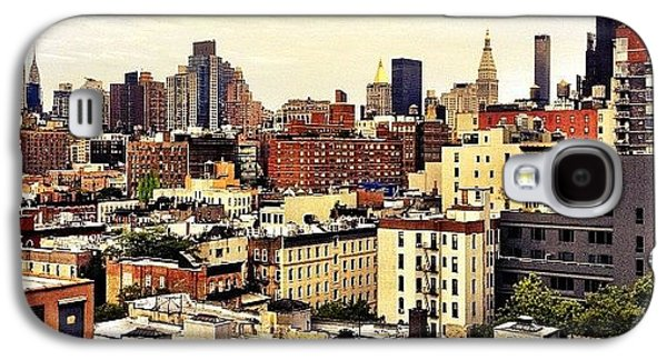 City Galaxy S4 Case - Over The Rooftops Of New York City by Vivienne Gucwa