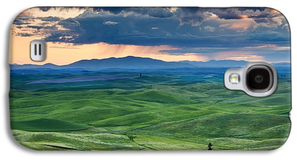 Lone Tree Galaxy S4 Cases - Palouse Storm Galaxy S4 Case by Mike  Dawson
