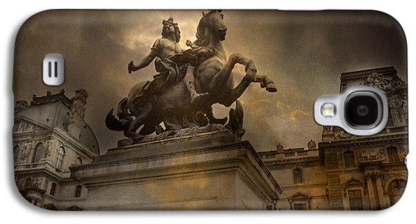 Paris - Louvre Palace - Kings Of Paris - King Louis Xiv Monument Sculpture Statue Galaxy S4 Case by Kathy Fornal