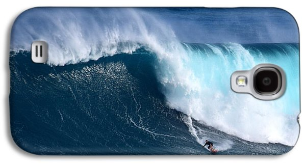 Peahi Unleashes Galaxy S4 Case by Jackson Kowalski