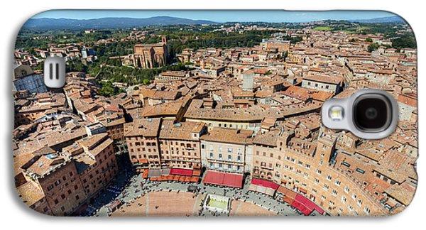Piazza Del Campo, Campo Square In Siena, Tuscany, Italy Galaxy S4 Case by Michal Bednarek