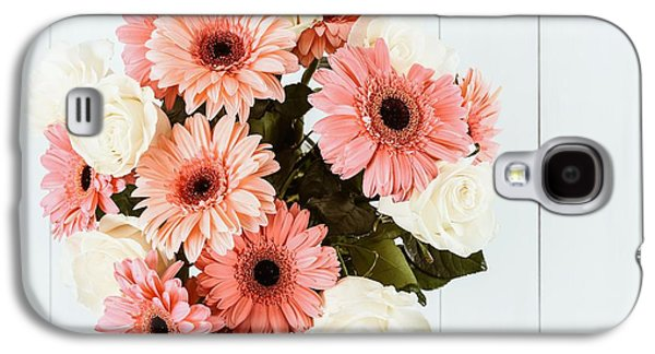 Pink Gerbera Daisy Flowers And White Roses Bouquet Galaxy S4 Case by Radu Bercan