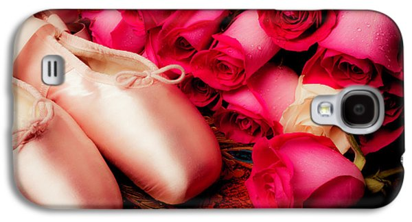 Pink Slippers And Red Roses Galaxy S4 Case