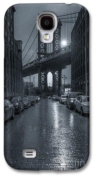 Rainy Day In Brooklyn Galaxy S4 Case by Marco Crupi