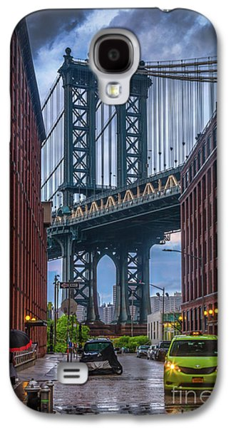 Rainy Night In Brooklyn Galaxy S4 Case by Inge Johnsson