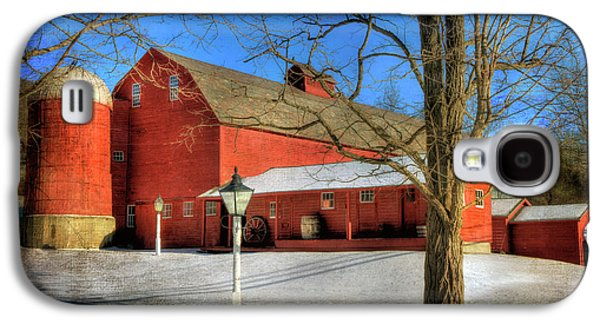 Red Barn In Snow - Vermont Farm Galaxy S4 Case by Joann Vitali