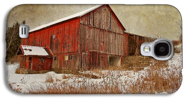 Red Barn White Snow Galaxy S4 Case by Larry Marshall