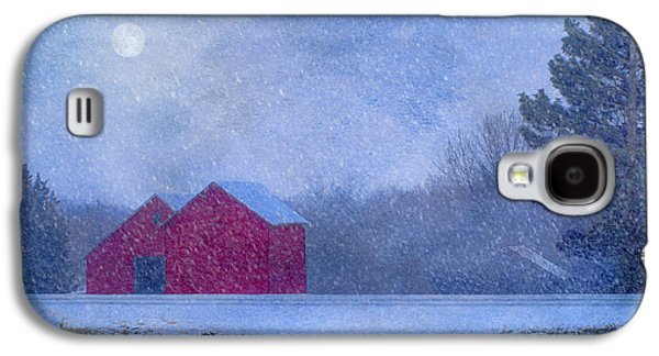 Red Barns In The Moonlight Galaxy S4 Case by Nikolyn McDonald