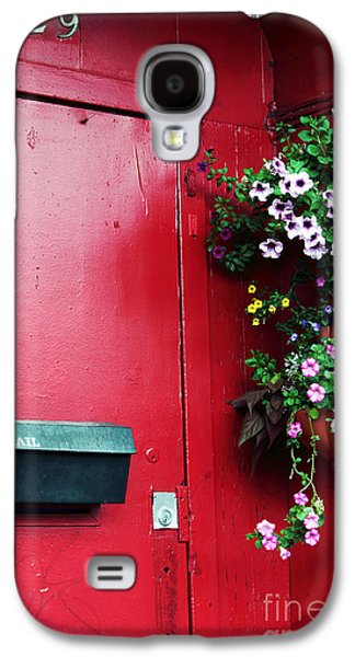 Red Door In Montreal Galaxy S4 Case by John Rizzuto