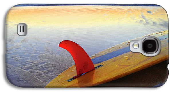 Red Fin Sunset Galaxy S4 Case by Sean Davey