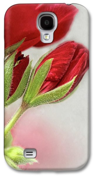 Red Geranium Flowers Galaxy S4 Case by Jennie Marie Schell