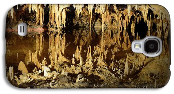 Reflections Of Dream Lake At Luray Caverns Galaxy S4 Case