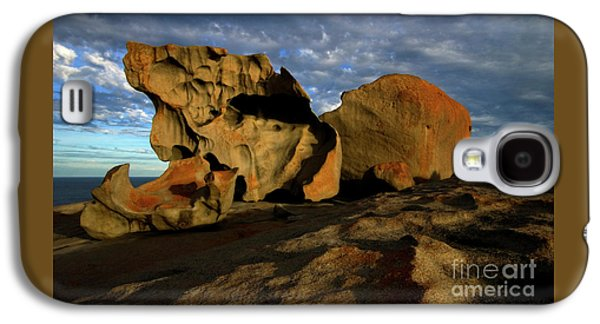 Kangaroo Galaxy S4 Case - Remarkable by Mike Dawson
