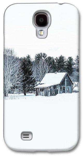 Remote Cabin In Winter Galaxy S4 Case by Edward Fielding