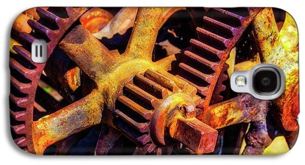 Reusting Gears In Train Yard Galaxy S4 Case by Garry Gay