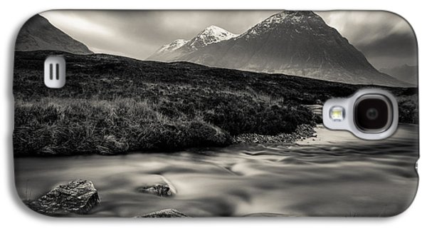 River To The Buachaille Galaxy S4 Case by Dave Bowman