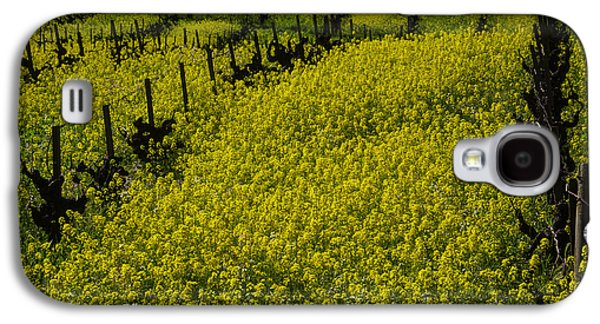Rolling Hills Of Mustard Grass Galaxy S4 Case by Garry Gay