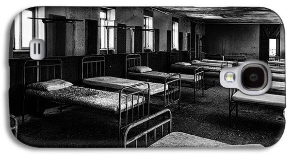 Room Of Nightmares - Abandoned School Building Galaxy S4 Case by Dirk Ercken
