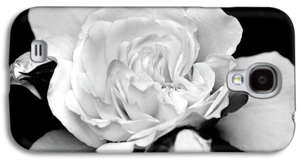 Galaxy S4 Case featuring the photograph Rose Black And White by Christina Rollo