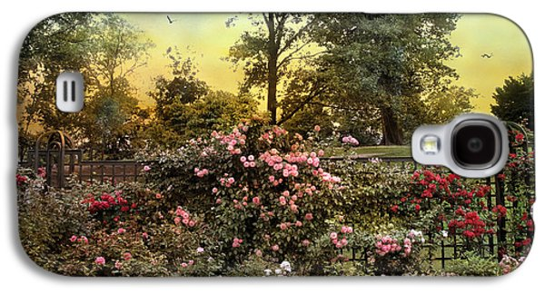 Rose Garden Trellis Galaxy S4 Case by Jessica Jenney