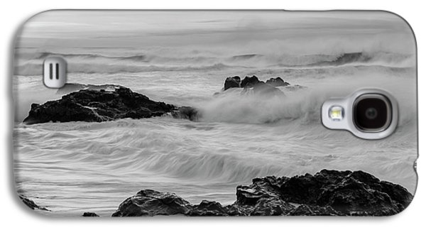 Rough Waves In Black And White Galaxy S4 Case