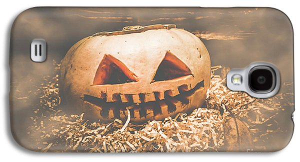 Rustic Barn Pumpkin Head In Horror Fog Galaxy S4 Case