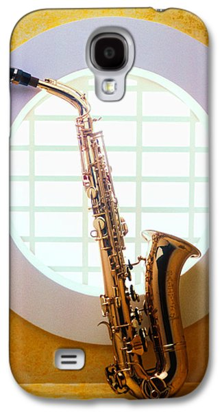 Saxophone Galaxy S4 Case - Saxophone In Round Window by Garry Gay