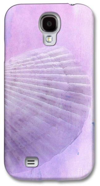 Scallop Sea Shell In Purple Galaxy S4 Case by Betty LaRue