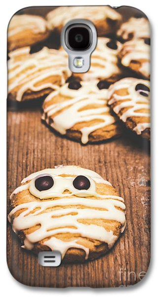 Shock Galaxy S4 Case - Scared Baking Mummy Biscuit by Jorgo Photography - Wall Art Gallery