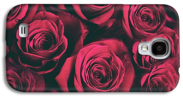 Galaxy S4 Case featuring the photograph Scarlet Roses by Jessica Jenney