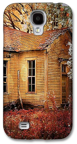 Schoolhouse In The Spring Galaxy S4 Case
