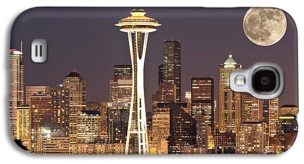 Skyline Galaxy S4 Case - Seattle Full Moon by Paul Fell