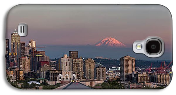 Galaxy S4 Case featuring the photograph Seattle Skyline And Mt. Rainier Panoramic Hd by Adam Romanowicz