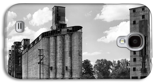 Silo City 3 Galaxy S4 Case by Peter Chilelli