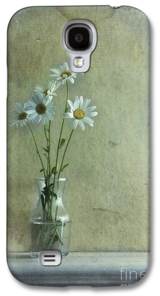 Simply Daisies Galaxy S4 Case by Priska Wettstein