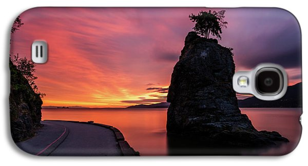 Siwash Rock Along The Sea Wall Galaxy S4 Case by Pierre Leclerc Photography