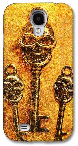 Skull Shaped Keys In Flame Galaxy S4 Case by Jorgo Photography - Wall Art Gallery