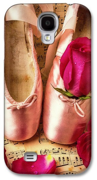 Slippers And Roses Galaxy S4 Case by Garry Gay