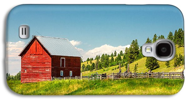 Small Red Shed Galaxy S4 Case by Todd Klassy