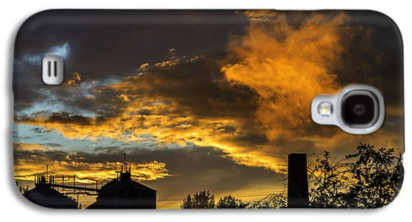 Galaxy S4 Case featuring the photograph Smoky Sunset by Jeremy Lavender Photography